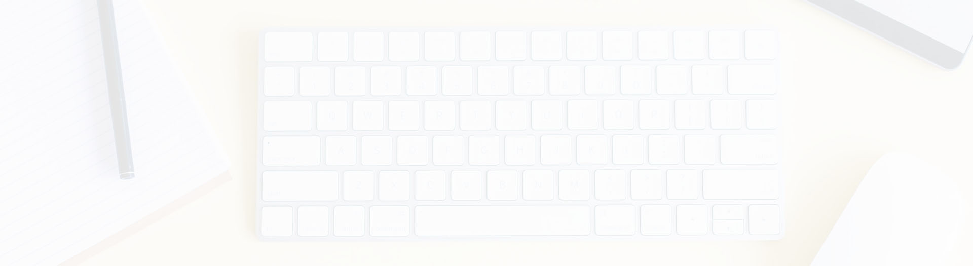 bg-desktop-keyboard-and-mouse-from-above